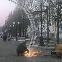 «Портал»-арка входу на чернігівську «стометровку»