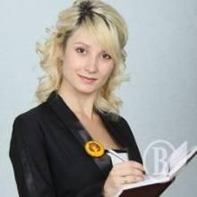 Українці скинулись пані Романовій на кімнатку в Києві