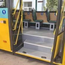 Чернігівський автобус презентували в Житомирі, але місцеві сумніваються