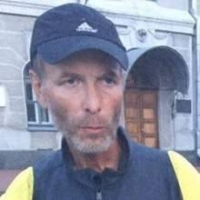 П'яний сепаратист у Чернігові пошкодив стенд «Небесної сотні»