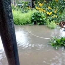 Вулиці Чернігова знов перетворилися на річки