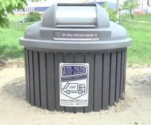 Сміття під землю: у Чернігові встановили нові контейнери