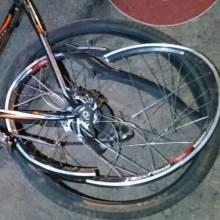 У Чернігові авто переїхало велосипед