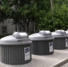 Чернігів запасається сучасними сміттєвими контейнерами