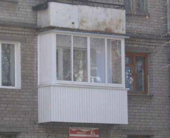 """Остекление балкона в """"хрущевке"""" может быть не хуже, чем в новострое"""