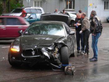 В Одессе произошло самое дорогое ДТП между VIP-автомобилями