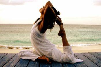 Йога: упражнение для профилактики заболеваний мочеполовой системы и здоровья спины