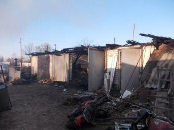 На  Козелеччині дітлахи підпалили житловий будинок.