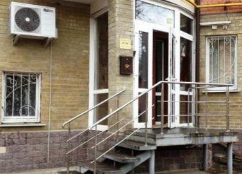 В Чернигове разгромили фасад консульства России