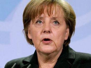 Турчинов рассказал Меркель, почему АТО продолжается так медленно