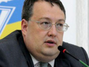 Держава накопичує сили, щоб дати остаточну відсіч терористам, — МВС