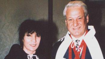 Скончалась известная аферистка Джуна Давиташвили, которая посвящала Ельцина в масоны